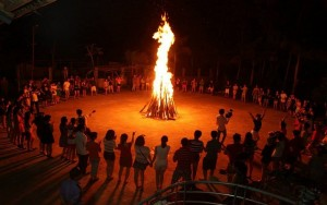 Thuê đốt lửa trại Mai Châu